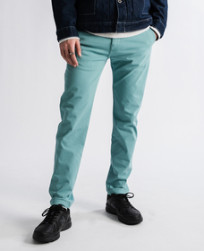SLIM TAPER CHINO SSZ JADE BLUE WONDER KNIT