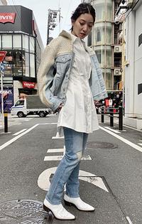 https://www.levi.jp/dw/image/v2/BBRC_PRD/on/demandware.static/-/Sites-LeviMaster-Catalog/ja_JP/dw0b6d79ef/images/Japan_Coordinate/ProductSetJP-222.jpg?sw=200&sh=315&q=100