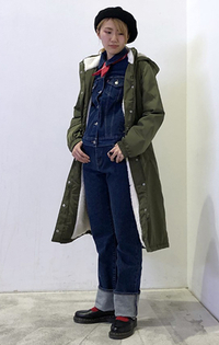 https://www.levi.jp/dw/image/v2/BBRC_PRD/on/demandware.static/-/Sites-LeviMaster-Catalog/ja_JP/dw0fe594e4/images/Japan_Coordinate/ProductSetJP-196.jpg?sw=200&sh=315&q=100