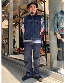 https://www.levi.jp/dw/image/v2/BBRC_PRD/on/demandware.static/-/Sites-LeviMaster-Catalog/ja_JP/dw135285dd/images/Japan_Coordinate/ProductSetJP-453.jpg?sw=221&sh=280&q=100