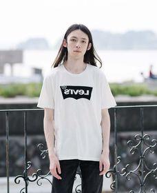ユニセックスTシャツ HERO BLACK