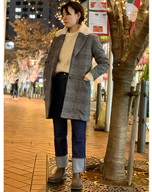 https://www.levi.jp/dw/image/v2/BBRC_PRD/on/demandware.static/-/Sites-LeviMaster-Catalog/ja_JP/dw2cd7078e/images/Japan_Coordinate/ProductSetJP-186.jpg?sw=221&sh=280&q=100