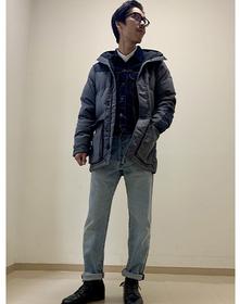 https://www.levi.jp/dw/image/v2/BBRC_PRD/on/demandware.static/-/Sites-LeviMaster-Catalog/ja_JP/dw69bdf7e9/images/Japan_Coordinate/ProductSetJP-189.jpg?sw=221&sh=280&q=100