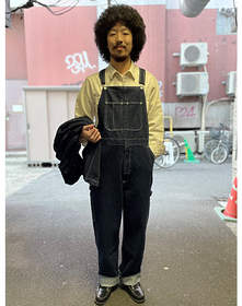 https://www.levi.jp/dw/image/v2/BBRC_PRD/on/demandware.static/-/Sites-LeviMaster-Catalog/ja_JP/dw70435805/images/Japan_Coordinate/ProductSetJP-393.jpg?sw=221&sh=280&q=100