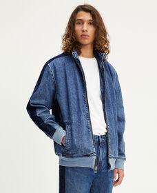 トラックジャケット