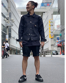 https://www.levi.jp/dw/image/v2/BBRC_PRD/on/demandware.static/-/Sites-LeviMaster-Catalog/ja_JP/dw91c2f624/images/Japan_Coordinate/ProductSetJP-281.jpg?sw=221&sh=280&q=100