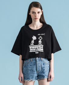 PEANUTS® COLLECTION グラフィッククロップTシャツ PEANUTS SISTERS
