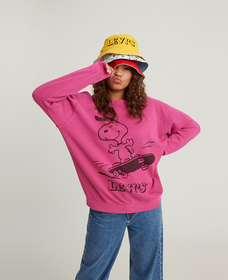 UNBASIC クルーネックスウェットシャツ Snoopy Skater Fuschia Red Garment Dye