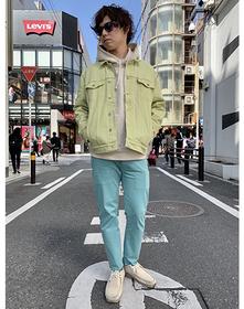https://www.levi.jp/dw/image/v2/BBRC_PRD/on/demandware.static/-/Sites-LeviMaster-Catalog/ja_JP/dwc1ed1421/images/Japan_Coordinate/ProductSetJP-246.jpg?sw=221&sh=280&q=100