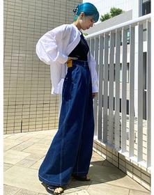 https://www.levi.jp/dw/image/v2/BBRC_PRD/on/demandware.static/-/Sites-LeviMaster-Catalog/ja_JP/dwf1a3c187/images/Japan_Coordinate/ProductSetJP-522.jpg?sw=221&sh=280&q=100