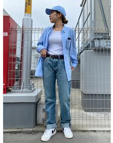 https://www.levi.jp/dw/image/v2/BBRC_PRD/on/demandware.static/-/Sites-LeviMaster-Catalog/ja_JP/dwfb654080/images/Japan_Coordinate/ProductSetJP-440.jpg?sw=221&sh=280&q=100